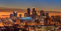 Sundown on Minneapolis (Paul Domsten) Tags: architecture skyline city buildings skyscraper minneapolis usbankstadium wellsfargo ids pentax capellatower minnesota football minnesotavikings sports hdda70mmf24limited prospectpark