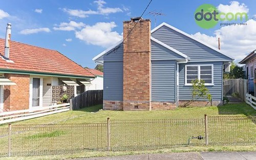 10 Vera Street, Waratah West NSW 2298