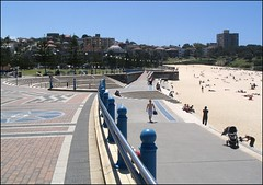 05-10-28 Coogee Promanade-OPT (marcus77clark) Tags: coogee beach ocean ardenst