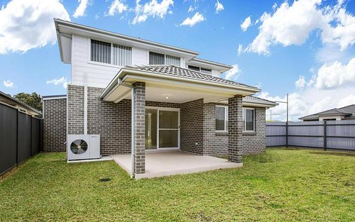 10 Cawley Circuit, Ropes Crossing NSW 2760