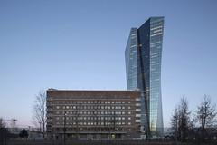 mm_European Central Bank design by  Coop Himmelb(l)au_07 (milimetdesign) Tags: coophimmelblau ecb europeancentralbank frankfurt germany banking deconstructivistarchitecture euro finance modernarchitecture