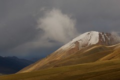 Tien Shan Mountains, Kyrgyzstan (José Rambaud) Tags: mountains montaña tienshan kyrgyzstan kirguistan asia asiacentral centralasia rutadelaseda silkroad viaje landscape paysage paisaje paisagem travel traveler snow snowcapped snowy nieve nubes clouds storm snowstorm