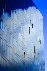 BRYAN_20161019_IMG_9555 (stephenbryan825) Tags: liverpool mannisland blue buildings cloud glass reflection selects