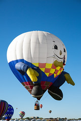 _5D33113 (dendrimermeister) Tags: balloon fiesta festival fun color flight hot air aviation egg humpty dumpty