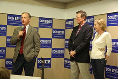 """Howard Dean Rally • <a style=""""font-size:0.8em;"""" href=""""http://www.flickr.com/photos/117301827@N08/14046838860/"""" target=""""_blank"""">View on Flickr</a>"""