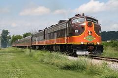 Black Earth, Wisconsin (UW1983) Tags: wisconsin trains railroads passengertrains wsor wisconsinsouthern slrg iowapacific slrg518