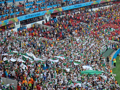 Arglia X Coreia do Sul (Gijlmar) Tags: brazil southamerica brasil algeria football soccer portoalegre korea brasilien worldcup futbol riograndedosul futebol brasile algrie ftbol voetbal calcio brsil fotboll brazilia amricadosul brazili beirario fusball amriquedusud zuidamerika  fotbal copadomundo amricadelsur sdamerika arglia sydamerika brazylia pikanona  brazlie brazlia labdargs amerykapoudniowa  coreiadosul americameridionale amricadelsud jinamerika dlamerika gneyamerika