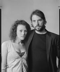 François & Julie (Denis G.) Tags: portraits julie rodinal françois chambre portaits largeformat viewcamera 2014 foma100 sinarf standdev largeformatportrait