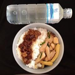 ผูกปิ่นโต ข้าวกล่อง เช้านี้ : ผัดเห็ดข้าวโพดอ่อน หมูหวาน และน้ำดื่มสิงห์ #panida #แฟนผมทำอะไรก็อร่อย #ปีที่2
