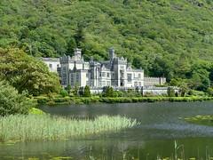 Kylemore Abbey (Renato Pizzutti) Tags: lago castello irlanda kylemoreabbey rocchefariecastellicastleslighthosesbelltowers