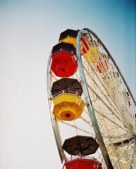 Ferris Wheel (Corbin Goodwin) Tags: santa film wheel pier ferris monica frame half fujicolor