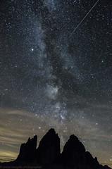 la Via Lattea sulle Tre Cime con stella cadente (Paolo Borgato) Tags: stella via meteora cadente lattea