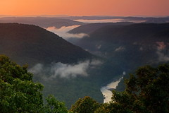 Coopers Rock: Layers (Shahid Durrani) Tags: west rock forest sunrise dawn virginia state coopers raven