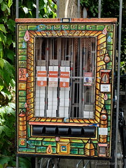 Kunstautomat - Art for sale (Sockenhummel) Tags: fuji kunst finepix fujifilm potsdam x20 automat hollndischesviertel kunstautomat