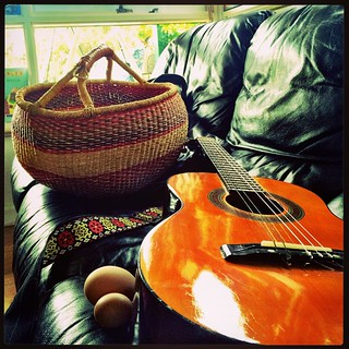365/249 • dropped into the #opshop for something entirely unrelated and ended up with a gorgeous $8 basket and a very beautiful three quarter nylon string acoustic guitar - with great action! $25 - lucky my tax return came through last week! Also - those