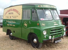 Morris LD Parcel Van ALF621B (Shaun Ballisat (Transport Photos)) Tags: classic vintage lorry commercial vehicle vans morris van lorries classicvan ldvan