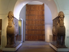 Gate flanked by lamassu (virtusincertus) Tags: london britain britishmuseum britain2014