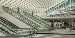 (Kathleen Van Hamme) Tags: station architecture luik architectuur