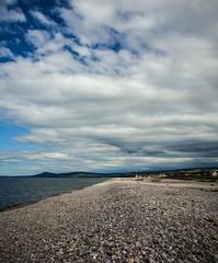 Spey Bay Beach, Scotland (vonHabsburg) Tags: scotland schottland beach strand stones steine kiesel wolken clouds weather wetter blue blau sea shore ocean meer ozean kste ufer speybay