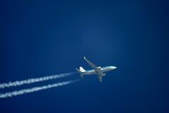 KLM Boeing 737 (Leedseagle5) Tags: wow holme moss condor klm aer lingus retro easyjet airbus helicopter british airways ba leeds garrowby hill skywatcher skyliner dobsonian 200p 8 747 767 boeing e3 sentry awacs a340 emarites 777 air canada 737 qatar 787 dreamliner