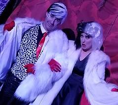 Me & Cruella DeVill (Halloween in Oz) Tags: seanbrown cruella maleficent mickeyshalloweenparty2016 halloween halloweencostume