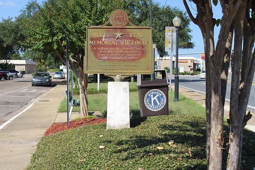 Blue Star Memorial Highway marker, Confederate Park