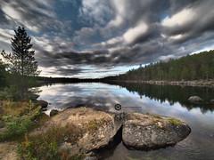 Mystic Lake (jan-krux photography - thx for 3 Mio+ views) Tags: finland ivalo lakeinari arctic arktisch mystisch see wasser baeume trees rocks felsen steine abend evening sky himmel wolken forest wald spiegelungen reflexions landscape landschaft olympus em1 omd lappland enare