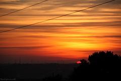 Quase escondido (Bert'sPhotos) Tags: pds pordosol prdosol quartasunset sunset fimdetarde entardecer atardecer tonsvermelhos
