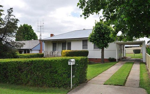 8 Alfred Street, South Bathurst NSW 2795
