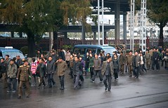 Pyongyang rush hour (Frühtau) Tags: dprk north korea people leute crowd mass walk nordkorea street scene rush hour traffic verkehr berufsverkehr centre city capital main strasse station taxi asia asian pyongyang корея северная country passers by construction architecture architektur building korean east culture daily life zentrum 朝鲜 朝鮮 cháoxiān 地 province gebäude outdoor