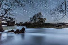 Falling stars (Shaw_Photography) Tags: startrails stars astronomy astrophotography nikon nikkor night nightsky longexposure water somerset river wire village