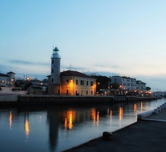 2016-11-28_12-15-55 (andrea.suzzi1985) Tags: cesenatico cesena forlcesena italia italy it love longexposion canon canon1200d sea mare lighthouse lights life hobby reflaction relax harbor happy 1855 new fotografia photo foto