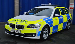 Cambrigeshire Police | BMW 530D | Roads Policing Unit | AE16 AGU (Chris' 999 Pics) Tags: cambridgeshire police bmw 530d 5 series 330d 3 traffic car rpu roads policing unit unmarked marked brand new force hq law enforcement 999 112 crime criminal prevention ae16agu