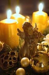 Weichnachtszeit (Frau Fanta5) Tags: kerze flamme licht weihnacht advent engel candle flame light xmas christmas angel