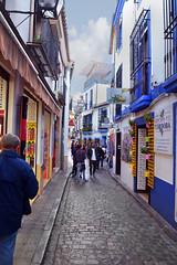 ventas típicas de Córdoba (photocenter48) Tags: aviso outside historia turista espa–a c—rdoba empedrado rejas colores españa córdoba