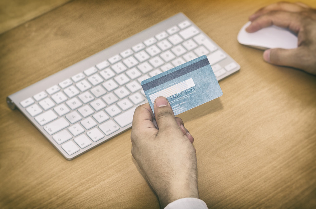 Online Shopping 2 / Online Banking