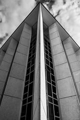 perspective (plansac) Tags: architecture noiretblanc perspective bordeaux beton batiment urbain meriadeck blackwhitephotos