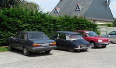 Just another garage forecourt (Spottedlaurel) Tags: citroen ds audi 80 peugeot 309