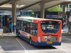 36256 - WA11CHV - Exeter bus station - 25 May 2013 (Simon's Bus Photostream) Tags: exeter 36256 stagecoachdevon stagecoachsouthwest wa11chv