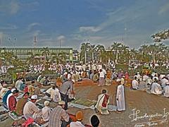 Before Shalat Eid (Nanda Yudha Ikhwan Pradana) Tags: morning indonesia sony eid hdr pontianak lebaran shalat kalimantanbarat dsch200