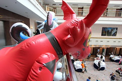 IMG_0969 (aaronwhipya) Tags: blue red orange husky dragon aaron gray inflatable latex pvc inflatables inflate inflation guilmon eurofurence ef19 aaron8181