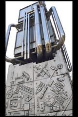 GB londen ventilation tower sculpture 04 1982 paolozzi e (bessborough st) (Klaas5) Tags: london britain uk unitedkingdom engeland england greatbritain grootbrittanie verenigdkoninkrijk verenigdkoningkrijk ©picturebyklaasvermaas art kunst artwork kunstwerk sculptuur sculpture plastiek artisteduardopaolozzi publicart outdoor openbarekunst