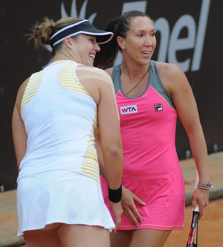 Alisa Kleybanova - Jelena Jankovic & Alisa Kleybanova