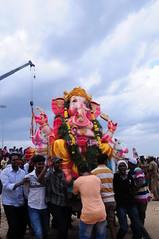 Vinayaga Chathurthi - Immersion (Velachery Balu) Tags: sea beach ganesh chennai visarjan immersion bayofbengal ganapathy vinayagar d300s srinivasapuram