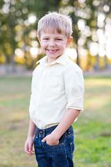 DSC_6035 (CEGPhotography) Tags: portraits family familyportraits fall autumn cegphotography sons father children kids nikon nikond810 nikonphotography d810 outdoor smiles