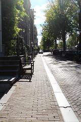 Keizersgracht (jpmm) Tags: 2016 amsterdam bankje escaleras stairs auto fiets