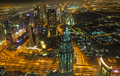 the view from 829,8m 2,722ft (werner boehm *) Tags: wernerboehm burjkhalifa dubai uae nightshot nachtaufnahme