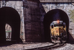 Taggart tunnels eastbound April 21, 1986 (blair.kooistra) Tags: unionpacific gp30 parkcity webercanyon ogden echo utah utahrailroads branchlinerailroads