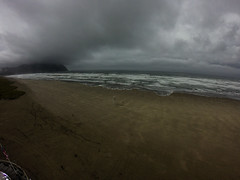 Rain in Seaside Oregon (Wind Watcher) Tags: kap windwatcher kite levitation light delta seaside oregon aka