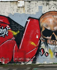gennevilliers france 2011 (patrickdeby) Tags: tags graffitis streettart criture craie bombe peinture tete mort mur 93
